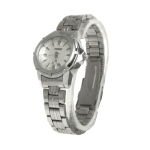 White Dial Women Quartz Watch with Stainless Watchband
