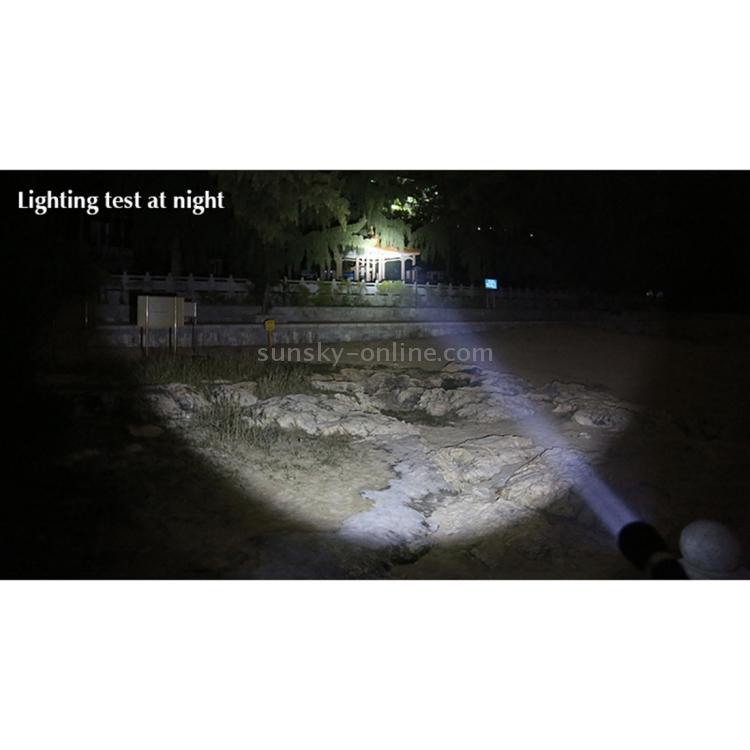LED0368_12.jpg