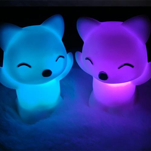 5 PCS 7 Changing Colors Lovely Fox Shape LED Night Light Decoration Bedside Lamp Home Bedroom Desktop Light