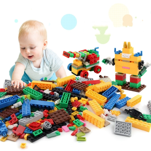 Buy 1000 in 1 Intelligent Toys DIY ABS Material Building Blocks with 4 Random Toy Persons, Random Color Delivery for $11.01 in SUNSKY store
