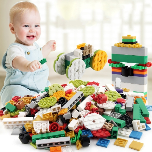 Buy 1000 in 1 Intelligent Toys DIY ABS Material Building Blocks with 4 Random Toy Persons, Random Color Delivery for $12.06 in SUNSKY store