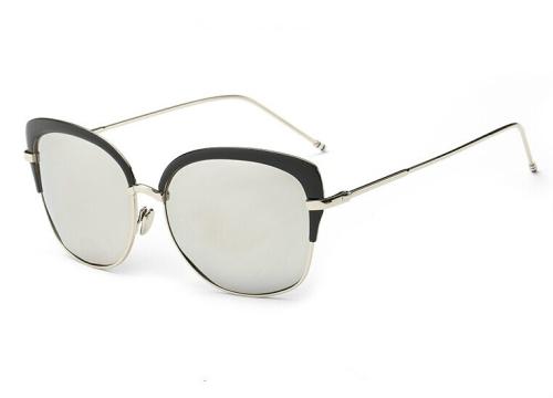 TF Gear NEW /'Blazer/' White-framed and Black-framed Sunglasses